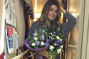 Анастасия Макеева встретила день рождения в поезде