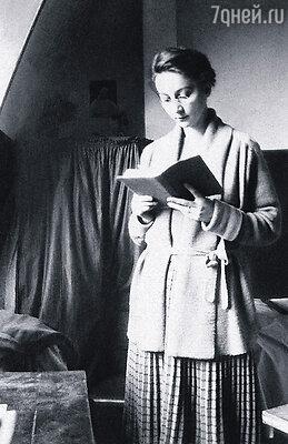 Роз Валлан много лет работала куратором средневекового искусства в Лувре, и ее мнением дорожил сам Жак Жожар, директор Национальных музеев Франции