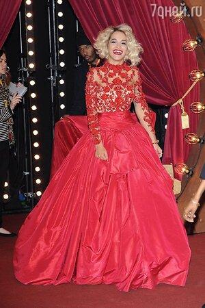 Рита Ора в наряде от Marchesa на церемонии вручения премий MTV EMA's в 2012 году