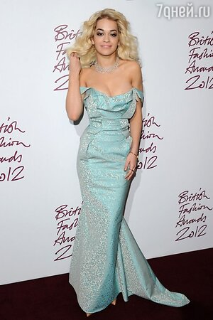 Рита Ора в платье от Vivienne Westwood на British Fashion Awards в 2012 году