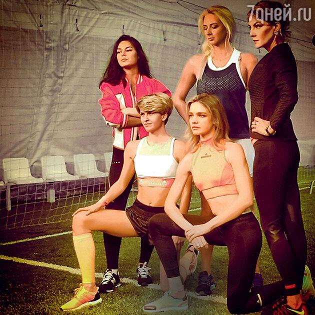 Наталья Водянова, Олеся Владыкина и Рената Литвинова на тренировке
