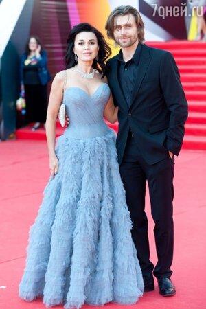 Анастасия Заворотнюк и Петр Чернышов. 2013 год