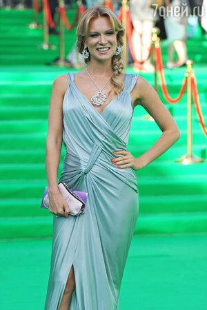 Олеся Судзиловская 2011 год