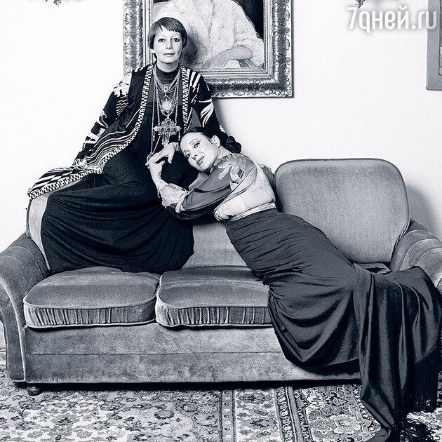 Регина Збарская с Галиной Хелемской