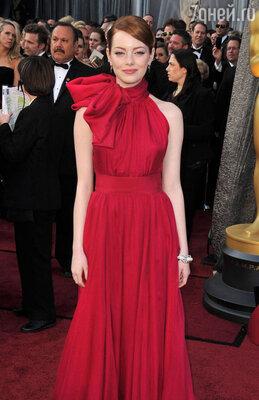 Эмма Стоун на церемонии вручения «Оскара». Февраль 2012 г.