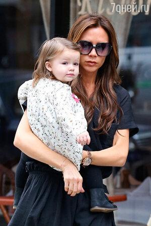 Виктория Бекхэм с дочерью Харпер Севен