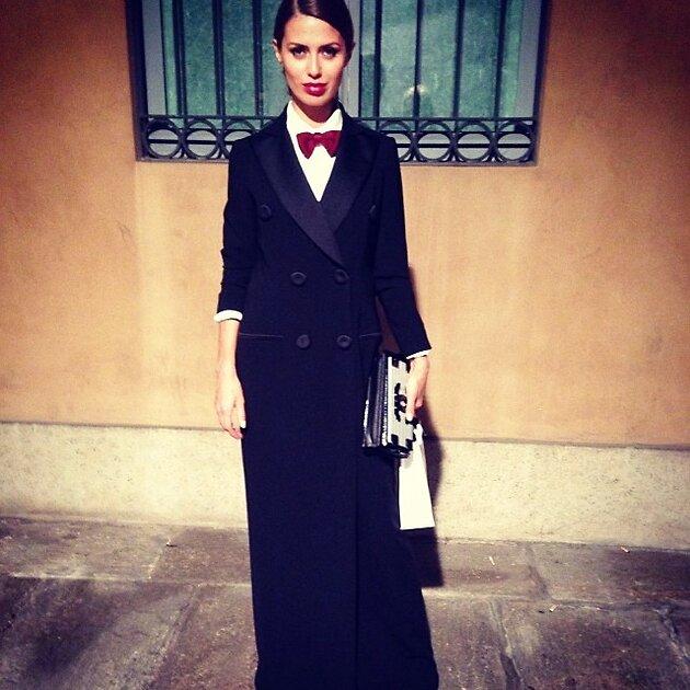 Виктория Боня в Moschino на Неделе моды в Милане сезона осень-зима 2014/15