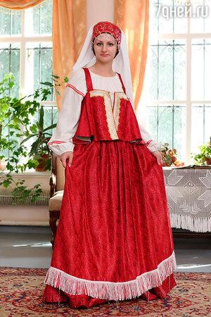 Традиционный цвет русского свадебного сарафана — красный