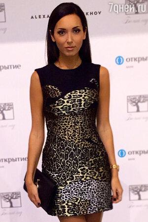 Алсу в платье от Alexander Terekhov