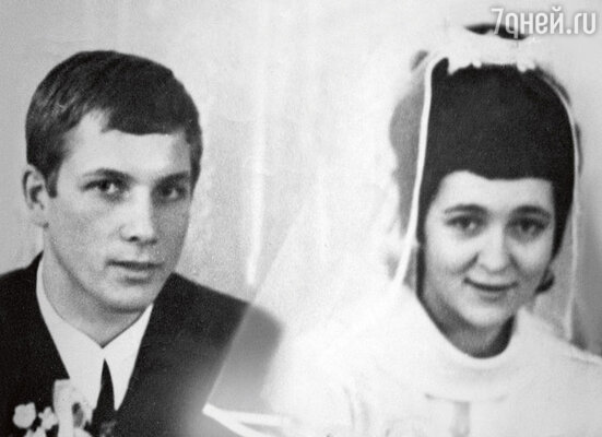 «Мама уже через две недели пожалела о том, что вышла замуж»