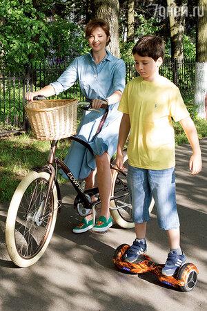 Анна Банщикова с сыном Мишей