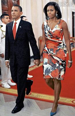 Первая леди США Мишель Обама в платье с запахом от Дианы фон Фюрстенберг