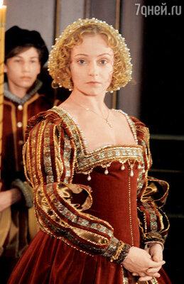Евгения Добровольская сыграла главную роль в «Королеве Марго»...
