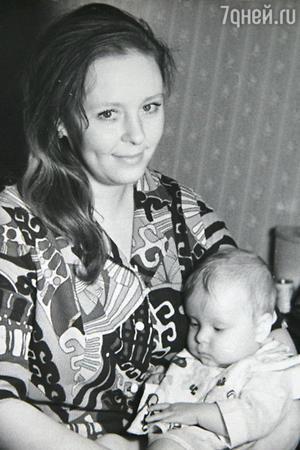Жена Олега Басилашвили