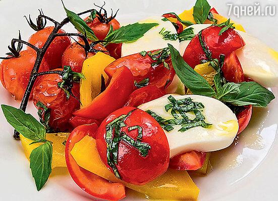 Салат из болгарского перца с моцареллой