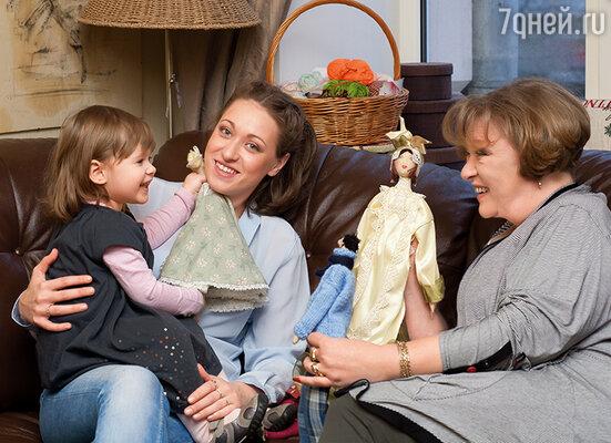 Мои любимые девочки — дочь Аня и внучка Сонечка