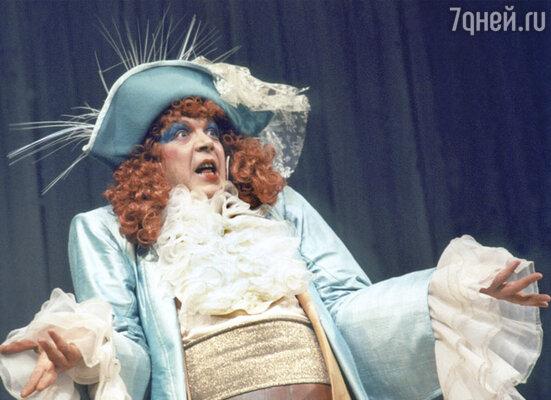 Спектакль «Плутни Скапена» Мольера в постановке Сергея Голомазова в Театре на Малой Бронной
