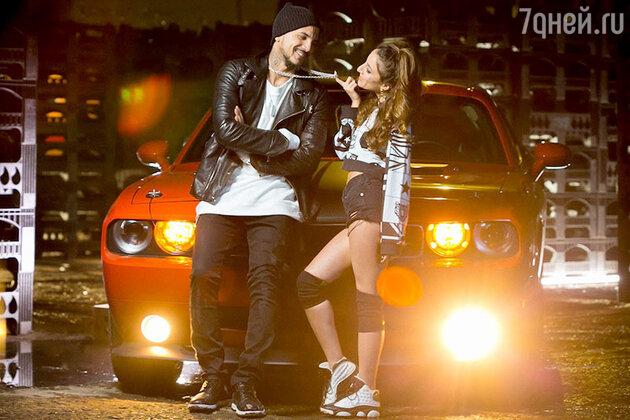 Natan и Kristina Si в клипе  «Ты готов услышать нет?»