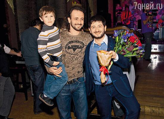 Тренер Миши Илья Авербух пришел на праздник с сыном Мартином