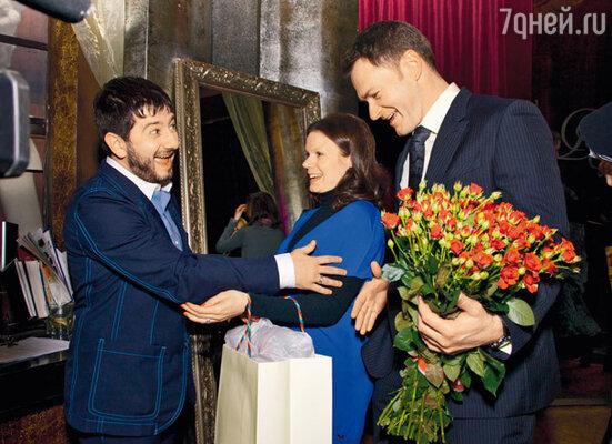 Поздравления от Алексея Тихонова и Марии Петровой — коллег по ледовому шоу