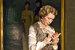 Татьяна Васильева, играя в фильме «Все могут короли», писала для себя шпаргалки на ладонях