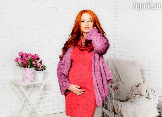 Работать во время беременности было непросто, к тому же я тогда набрала 19 килограммов