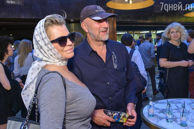 Леонид Ярмольник с супругой Оксаной Афанасьевой