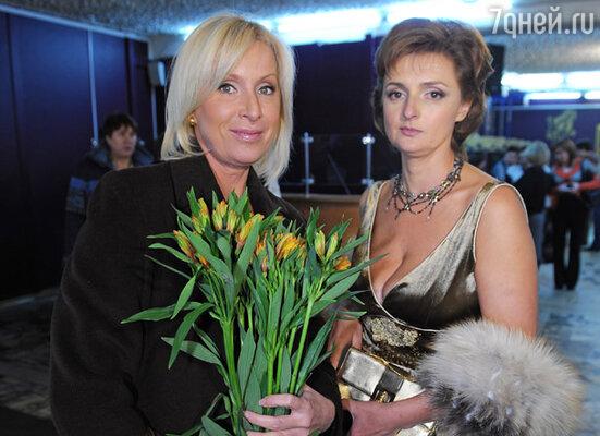 Телеведущая Оксана Пушкина и Наталья Белоголовцева