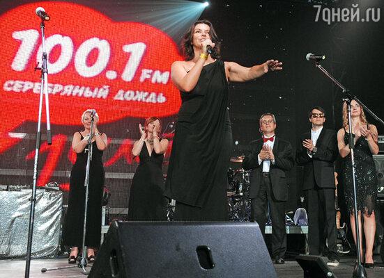 Наталья Синдеева и ведущие радиостанции