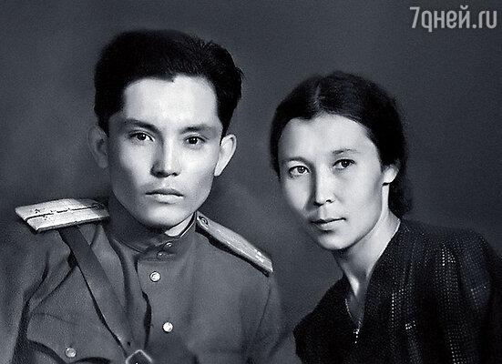 Мои родители — Утевле Туремуратович и Мария Константиновна
