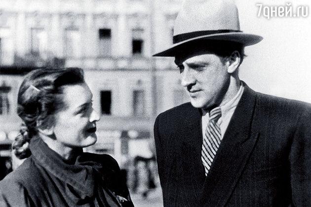 Людмила Шувалова и Владислав Стржельчик