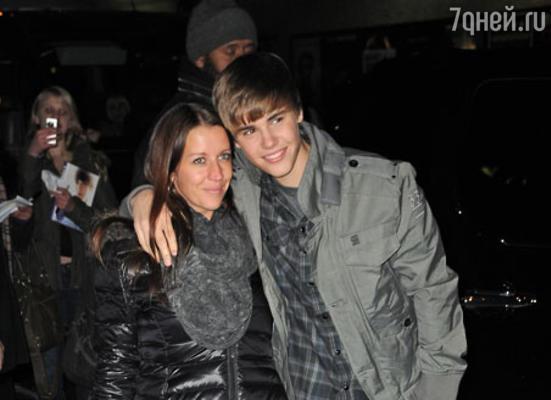 Джастин Бибер с мамой Патти Малетт