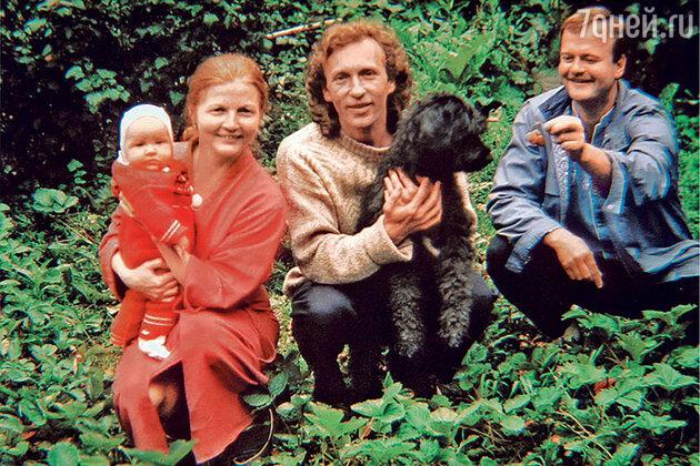 Ольга Науменко с семьей