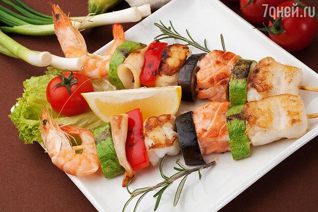 Блюда из морепродуктов: закуска с креветками, гратен с мидиями и пирог