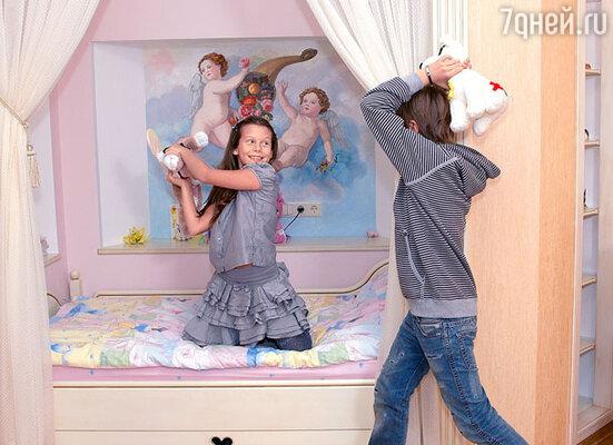 ...и в комнате Лизы