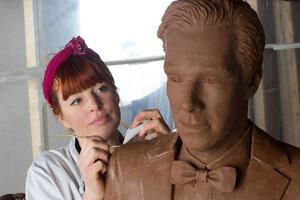 Шокобэтч: в Англии создали шоколадную копию Бенедикта Камбербэтча