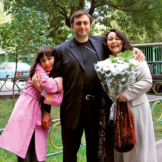 Мариам Мерабова с мужем и дочерью