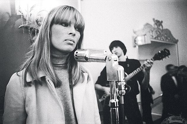 Выступление группы Velvet Underground в Нью-Йорке, 1966 г.