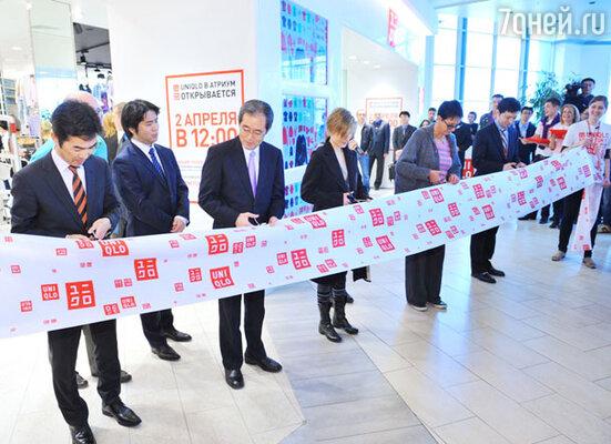Открытии первого в России магазина «Uniqlo»