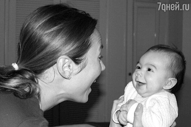 Стейси Киблер с дочерью  Авой Грейс
