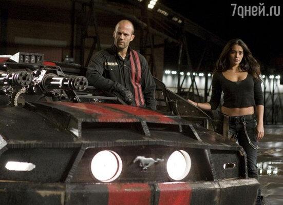 Кадр из фильма «Смертельная гонка». 2008 год