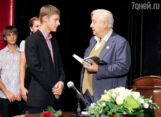 Олег Табаков ссыном Павлом