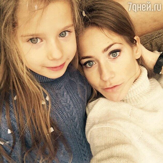 Юлия Барановская с дочерью
