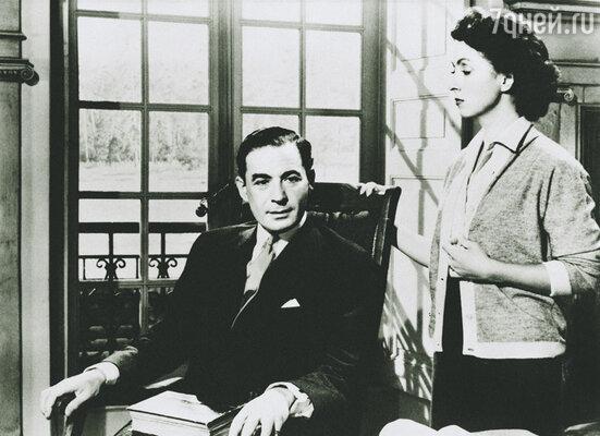 Фильм «Любовник леди Чаттерлей» по роману Дэвида Лоуренса впервые вышел на экраны в 1955 году  и имел большой успех. На фото: исполнители главных ролей Даниель Дарье и Лео Гени