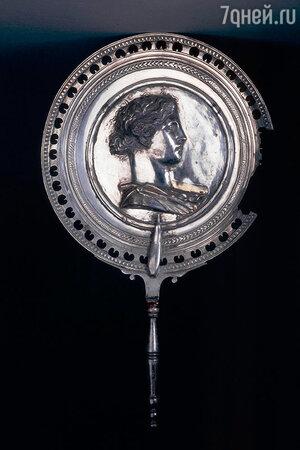 Античное серебряное зеркало