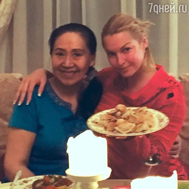 Анастасия Волочкова и ее доктор Си