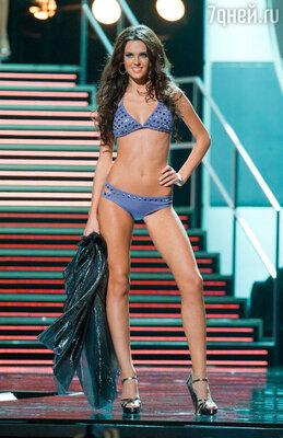 Ирина Антоненко на конкурсе «Мисс Вселенная 2010»