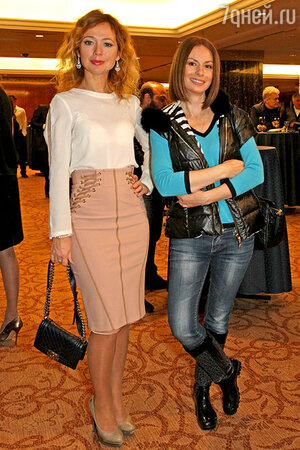 Ирина Лачина и Елена Захарова на показе новой коллекции IZETA