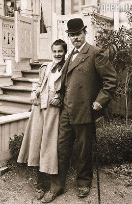 После революции старшую дочь Нестерова сослали в Джамбул. М. Нестеров с дочерью Ольгой