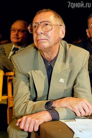 Олег Ефремов